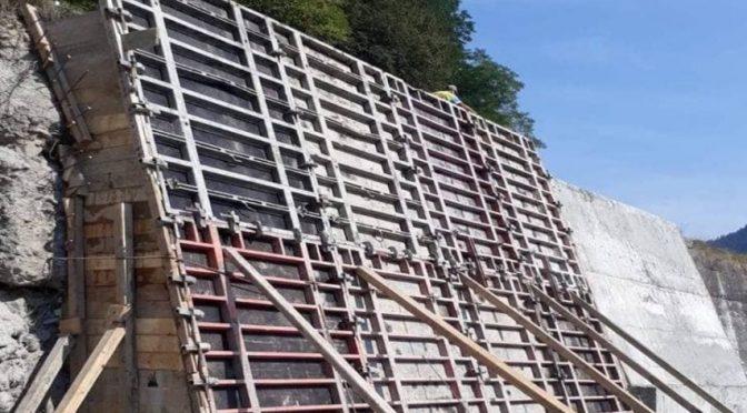 Укріплюючі конструкції захищатимуть дороги Ясінянської громади від розмиву та обвалів